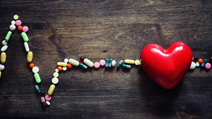 medical preparations for the treatment of heart diseases the concept of heart health dependence on tablets pills and stet...