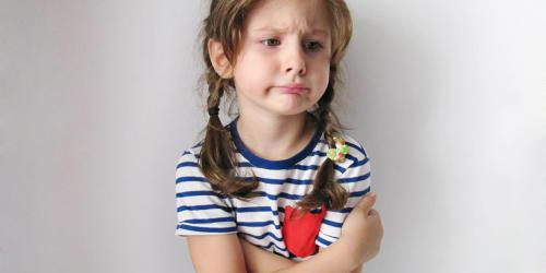 Constipation de l'enfant : une cause psychologique ?
