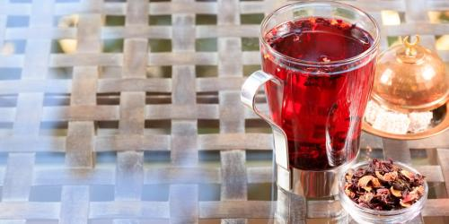 Tisane d'hibiscus : un diurétique naturel