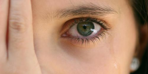 Yeux rouges, un signe d'infection ?