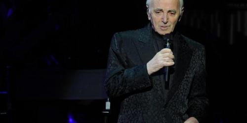 Malade, Charles Aznavour reporte ses concerts